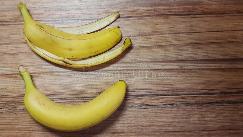 Банан тушда
