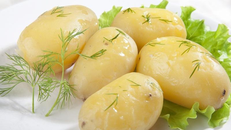 Картошка тушда